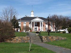 375px-Town_Hall,_Burlington_MA