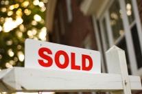 """Real Estate """"sold"""" sign"""