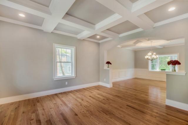 7-living-room (2).jpg