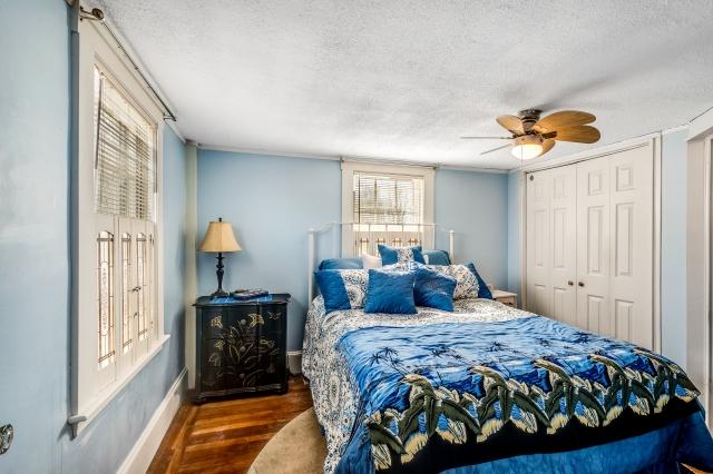 11-bedroom1 (1).jpg