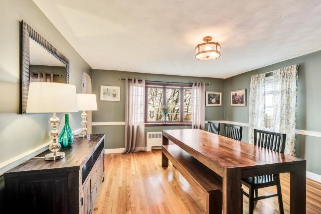 12-dining-room (5).jpg