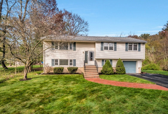 31 Maud Graham Circle, Burlington MA
